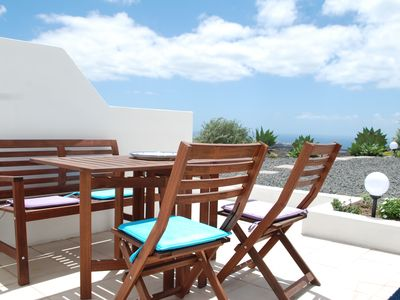 Photo for Enchanting holiday apartment with sea view in private villa with pool