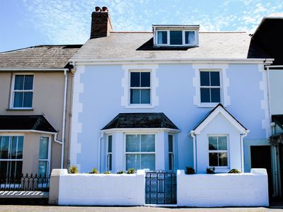 Photo for Cool Stone Cottage, INSTOW