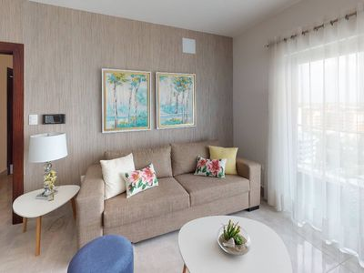 Photo for Cozy 1 bedroom apartment in soha suites II