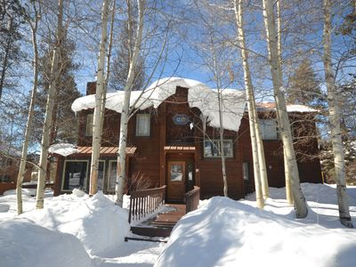 Photo for Cozy Luxe Mountain Chalet - Private Hot Tub - 2 Miles to Ski Area