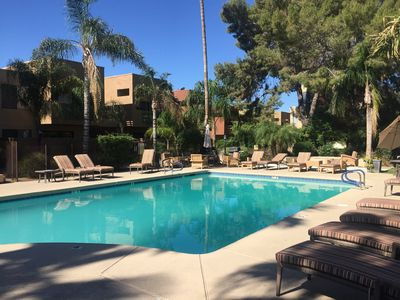 Photo for Quiet retreat near Old Town Scottsdale