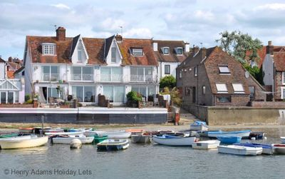 Photo for 1 Seaview Terrace, Emsworth -  a cottage that sleeps 6 guests  in 3 bedrooms