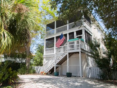 Photo for Brooks Cottage 2 blocks to Beach/ South End! Screened Porches, Decks, PETS