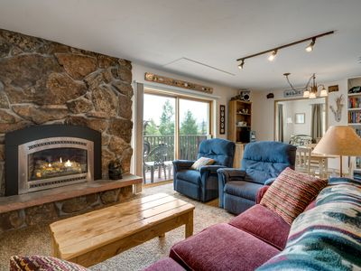 Photo for Affordable 2BR Ski In/Ski Out – View of Slopes, Fireplace & Hot Tub
