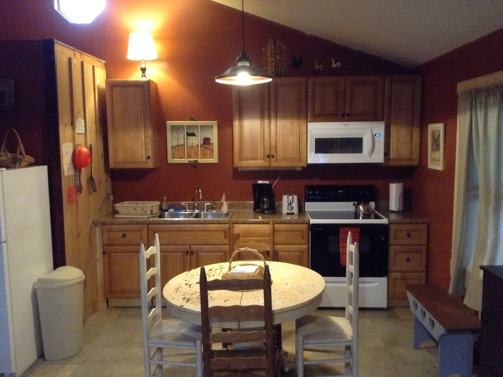 room wilderness hot sods in new golden jacuzzi wide cabins and toward tub the brand porte anchor rental mount living cabin accommodations looking crayon pondview dolly with wv