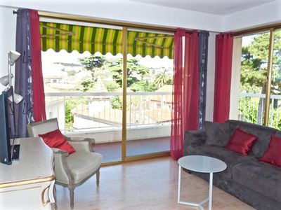 Photo for This wonderfully large and light apartment is in the exclusive Petit Juas area