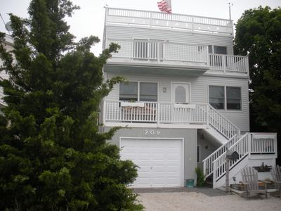 Photo for Family Home between Ocean and Bay Beach