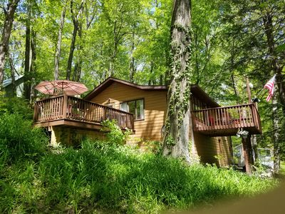 Photo for Trendy Beach Cottage in the Treetops-Private Mill Lake-Hot Tub-Kayaks-Firepit