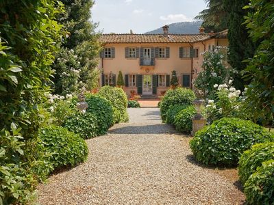 Photo for 5 bedroom Villa, sleeps 11 in San Lorenzo a Vaccoli with Pool, Air Con and WiFi