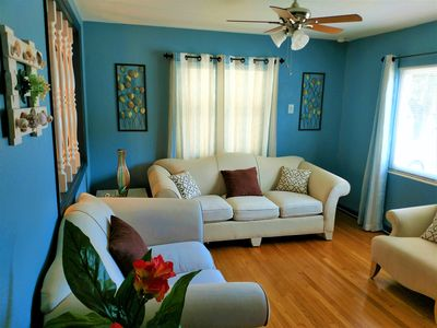 Vacation Home Rental - 6 Mins from Clearwater Beach 2BR/1 + Garage/Washer/Dryer