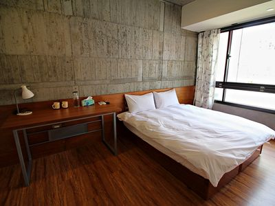 Photo for Standard double room 3-2 New elevator in building. 1min to Eslite Bookstore