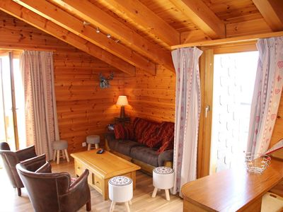 Photo for 3*, 4-bedroom-apartment for 7 people located at about 700m from the gondola in a calm and sunny. Bri