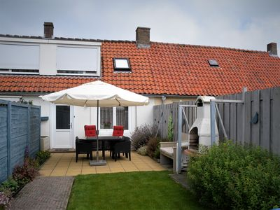 Photo for Cozy vacation home with a garden near the beach and the town