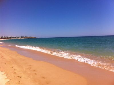 Alvor's golden sands, only 50m away