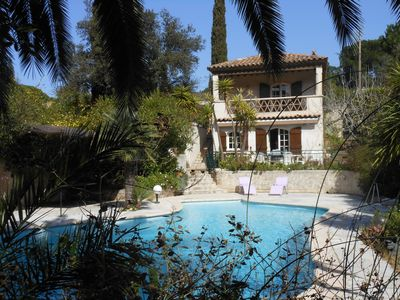 Photo for Provencal house with garden and swimming pool 800m from the beach of Pampelonne