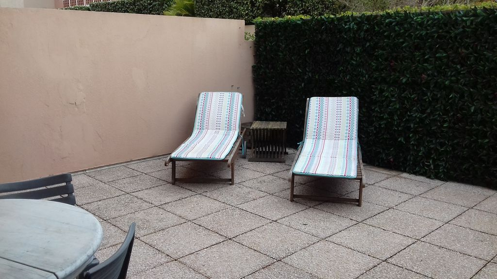 F2centre town DRC sunny GD terrace beach and all shops nearby -  Sainte-Maxime City Centre