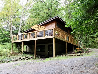 Photo for Clean, modern cabin surrounded by nature