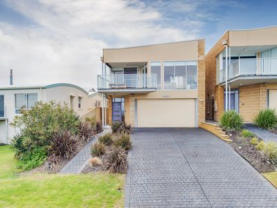 Photo for Fabulous Home With Spectacular Ocean Views