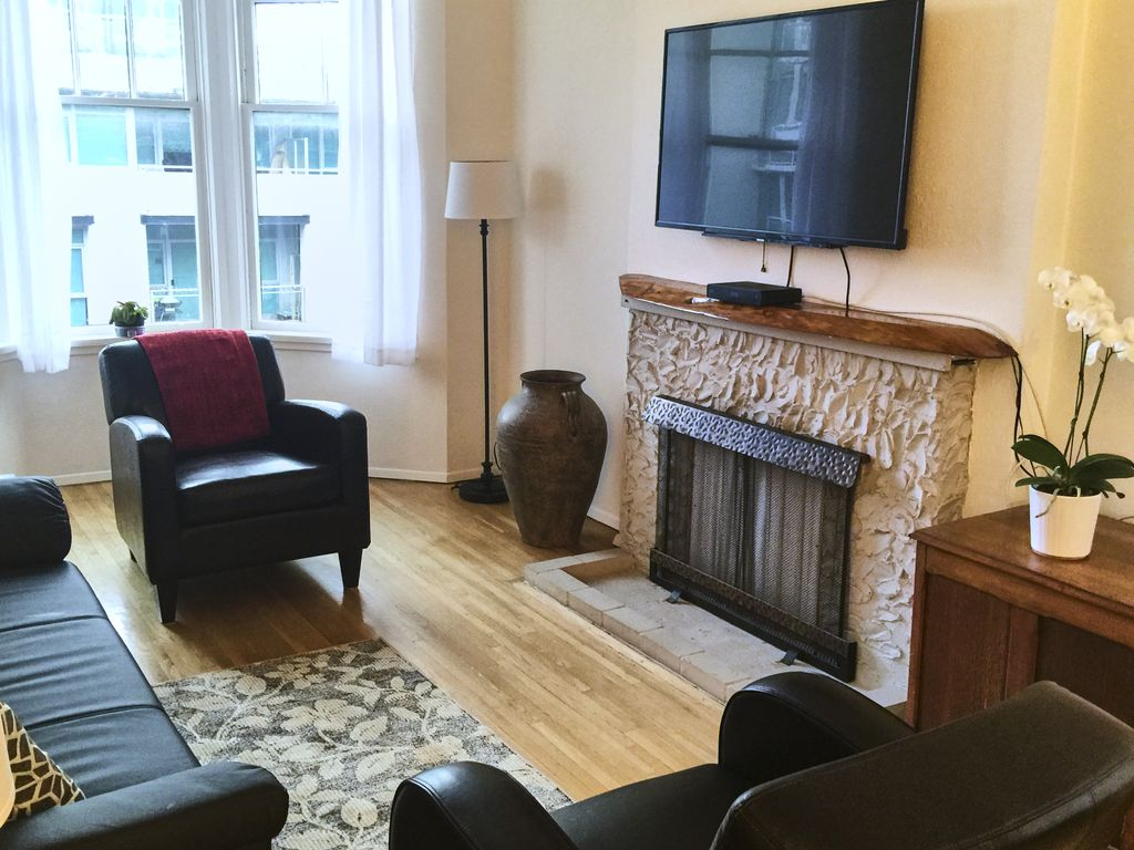 Lower Lonsdale Apartment Rental   North Vancouver 1 BDRM Apartment (Lower  Lonsdale)