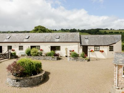Photo for STABAL, romantic, character holiday cottage in Llansannan, Ref 961759