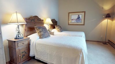 Photo for Top of the Village Trails 304: Ski In Ski Out 3 Bedroom 3 Bathroom Condo