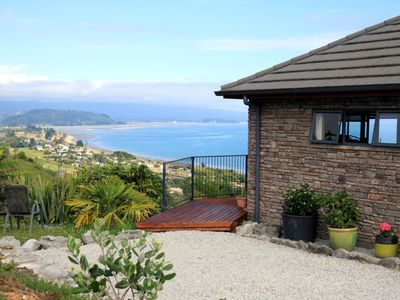 Photo for Beau Vista Pohora - views to die for!
