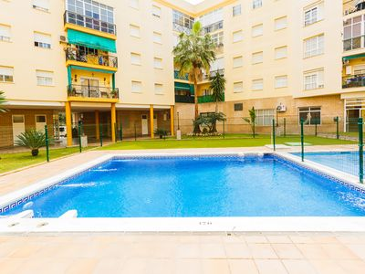 Photo for Apartment in Private Urbanization with Pool, 10 min. walking from the beach