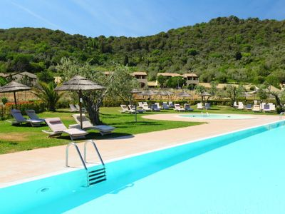 Photo for 2 bedroom Apartment, sleeps 4 in La Caduta with Pool, Air Con and WiFi