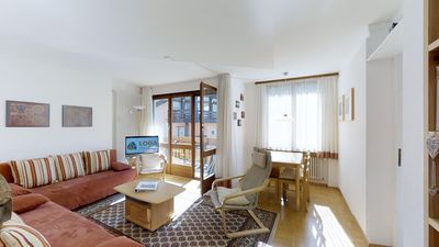 Photo for Bright 2-room apartment approx 45m on the first floor (second mezzanine), in a q