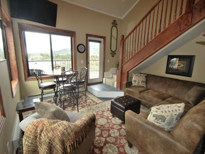 All new furniture in extremely comfortable great room! Outstanding mtn/ski views