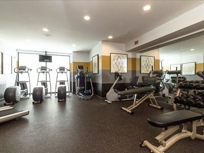 Photo for Apartment in the center of Austin with Internet, Pool, Air conditioning, Lift (698120)
