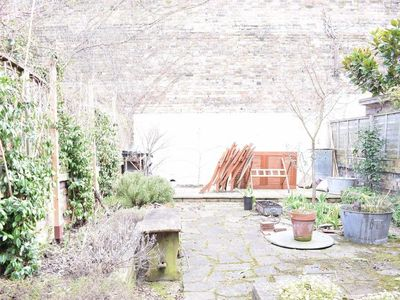 Photo for Holloway 3 Bedroom Apartment With Garden