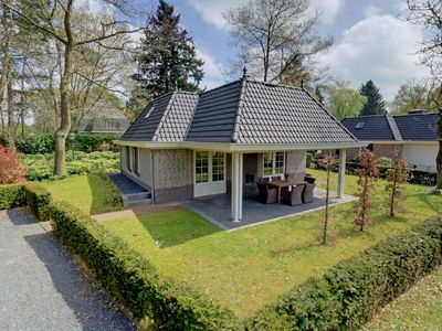 Photo for Cosy apartment for 6 guests with pool, WIFI, TV and parking