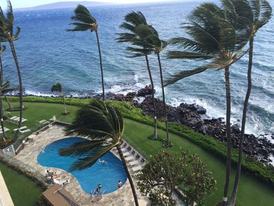 Steps to Kamaole I & II Beaches! Oceanfront pool, Rooftop bbq deck, Cold AC