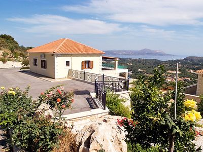 Photo for Vacation home Athina Lourakis Villa  in Chania, Crete - 5 persons, 1 bedroom