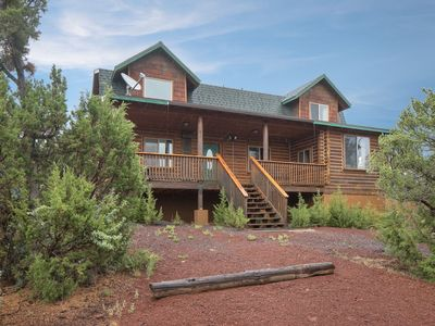 Photo for Majestic 4BR Log Cabin / Beautifully Remodeled / Central to Grand Canyon & Flagstaff
