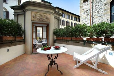 Luxury Apartment In Florence Terrazza De Medici Santo Spirito