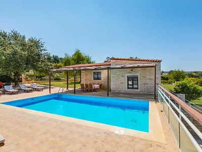 Photo for 3 bedrooms, 2 bathrooms, stunning countryside views, close to Ancient Eleftherna, Free WiFi, private pool.