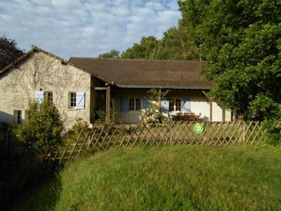 Photo for Gite Avrillé-les-Ponceaux, 4 bedrooms, 10 persons