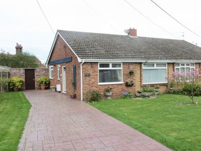Photo for Sunset Bungalow - Near Norfolk Lavender
