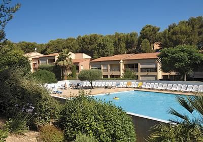 Photo for 1 bedroom accommodation in Six Fours les Plages