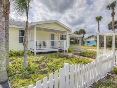 Photo for Cute and Cozy Beach House Walking Distance to Beach and best food in town.