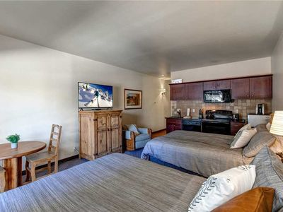 Photo for Perfect Downtown Location! 24-hr Checkin-Shuttle-Hot Tub/Pool-3min to Resort