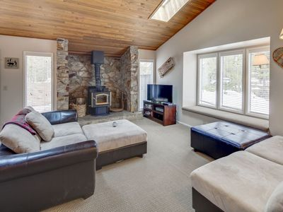 Photo for Cozy Multi-Level home with a private hot tub & A/C