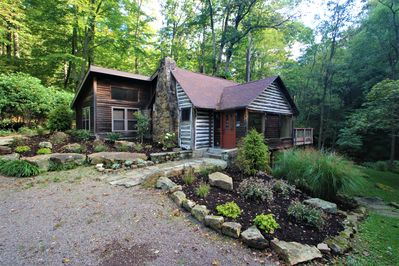 Creek House--small family and couples retreat!