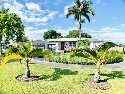 Photo for ⭐️DESIGN HOUSE ⭐️ 15 mins to airport/downtown/beaches/wynwood. Great location.