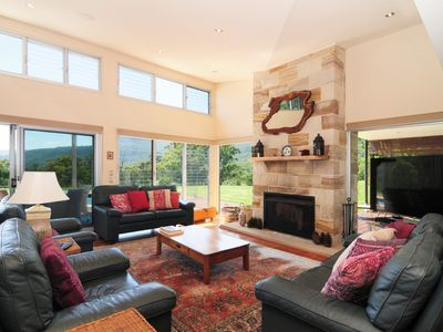 Photo for Bottlebrush Lodge - Great views and a pool!