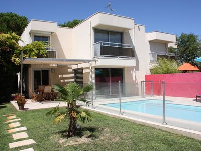 Photo for Pretty town house with garden and pool in Montpellier