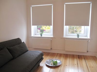 Photo for Charming and quiet apartment near city Schanzenviertel and fair