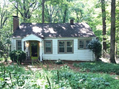 Photo for Wake Forest area. Just right-2BR, wooded location, sleeps 5. Cute.